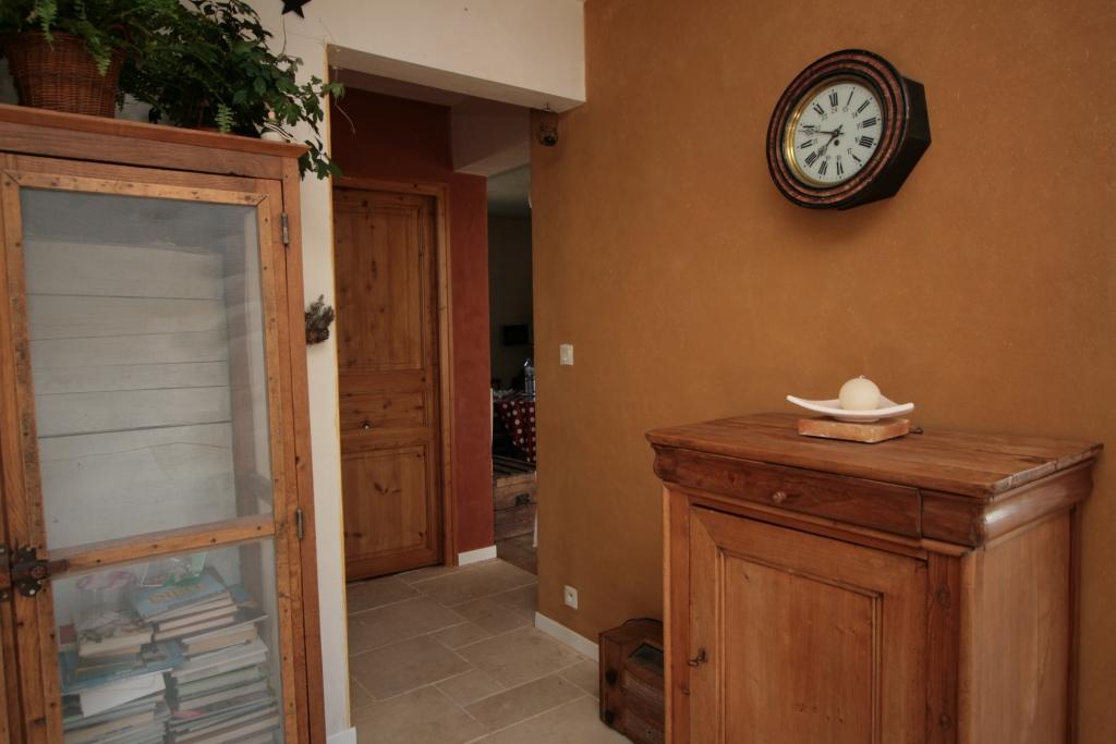 isolation exterieure. Black Bedroom Furniture Sets. Home Design Ideas